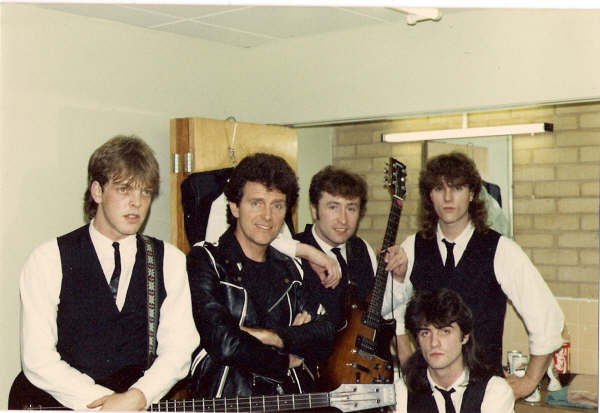 "Alvin Stardust with my band (Cavern) waiting to go on stage Surrey University 1986 ""Singing with Gary and his band took me back to the sixties, and the real John  Lennon"" Alvin Stardust"